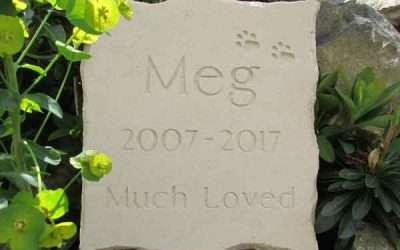 Which Material is Best for a Pet Memorial?